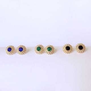 Brinco semijoia Redondo Cristal banhado a ouro (Opção Azul,Verde, Black)