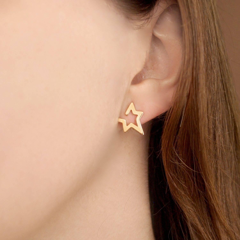 Brinco semijoia Estrela estilizada banhado a ouro