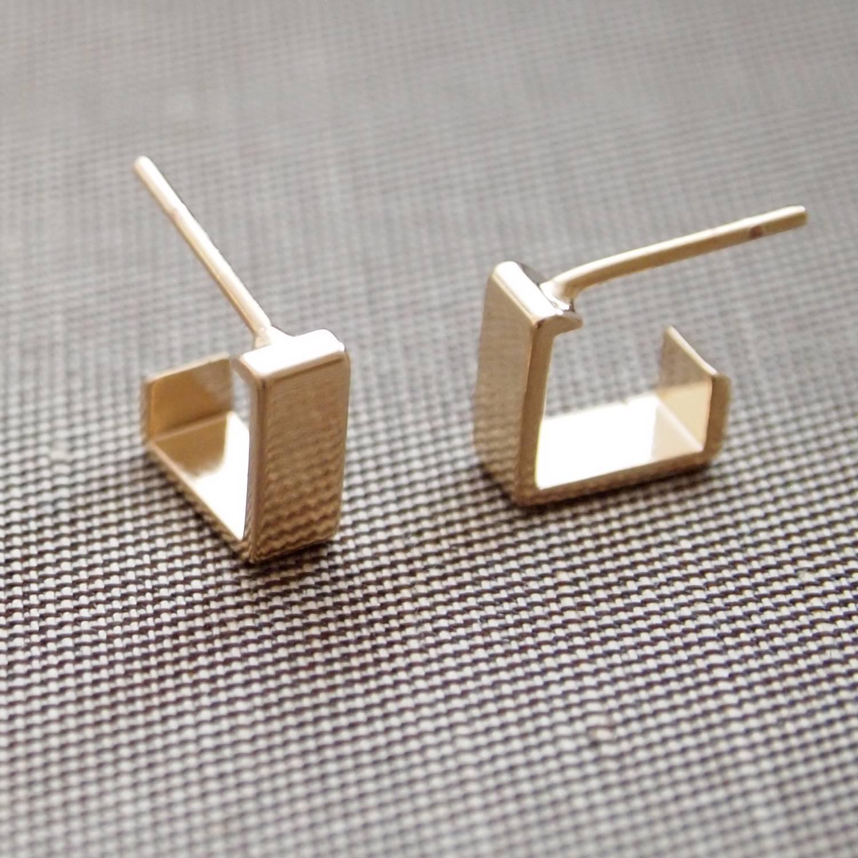 Brinco semijoia argola lisa retangular P (Opção: Banho ouro
