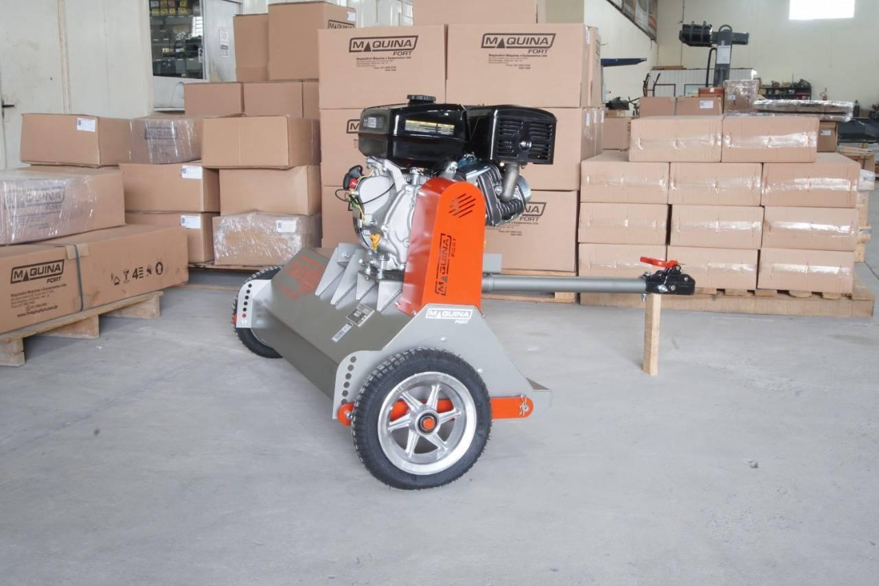Roçadeira Trincha Maquinafort RT900 c/ Motor 15hp p/ Quadrà - BSS Maquinas