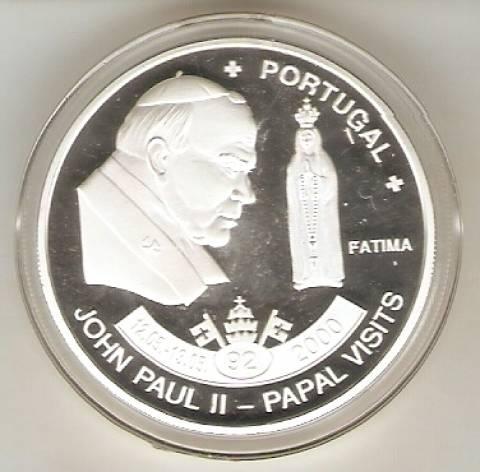 Moeda de Níquel comemorativa a Visita do Papa João Paulo II a Fátima (Portugal) - Numismática Vieira