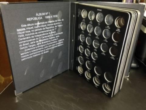 Álbum para moedas de séries específicas. - Numismática Vieira