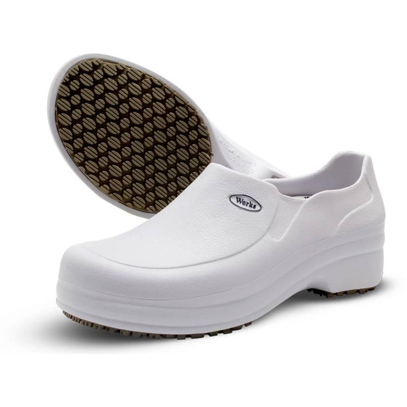Sapato Fechado Soft Works Branco - Orto Curitiba