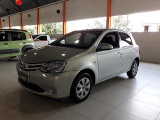 Toyota etios hb xs 1.5 manual