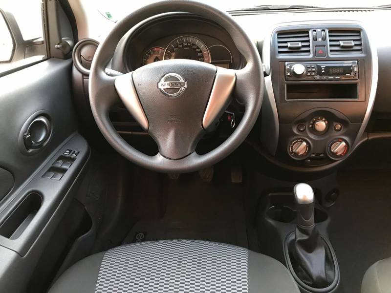 Nissan March  1.0 12V S Flex 4P Manual Branco