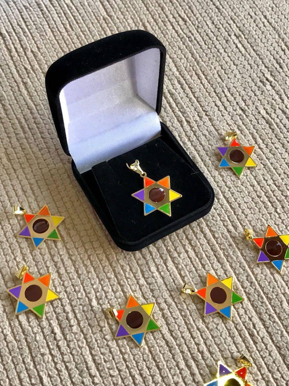 Pingente Estrela de OSWALD ( banhada a ouro ) - Loja Ana Paulla