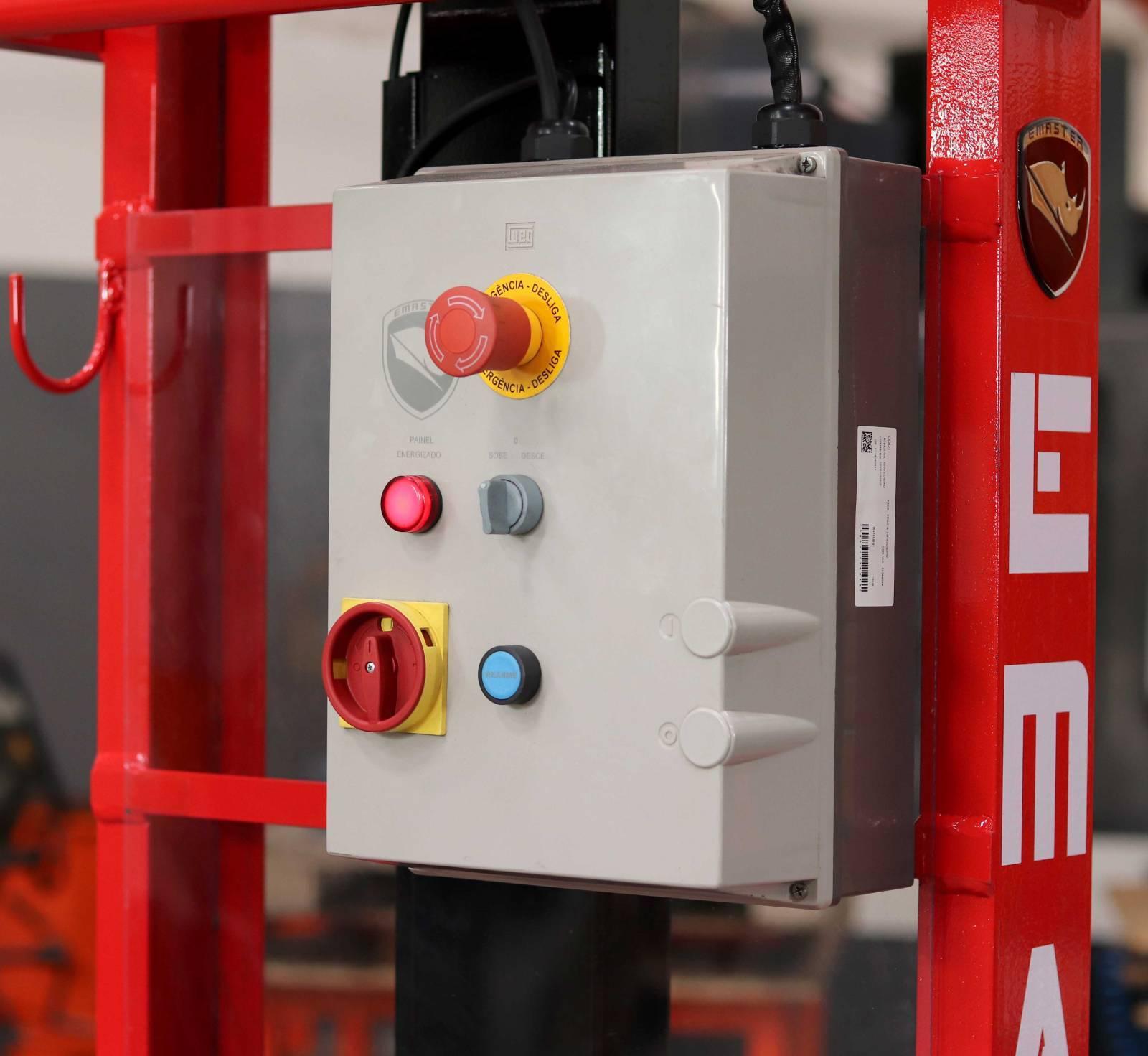 Empilhadeira Manual Semi-Elétrica Capacidade 1.000KG - 1,6m  - RODAVELE