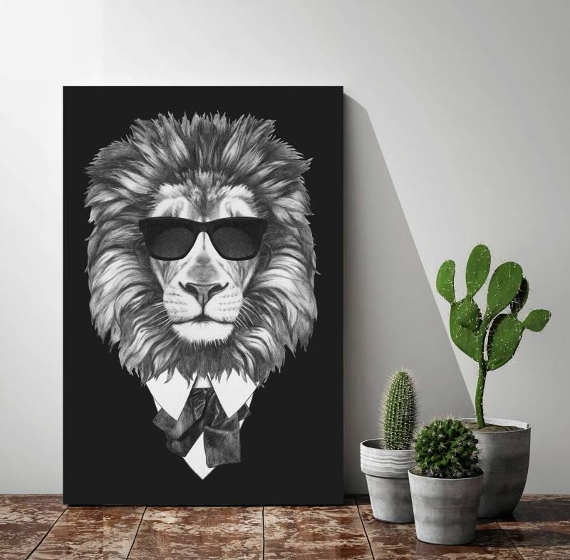 Quadro Leão de Terno imagem 2