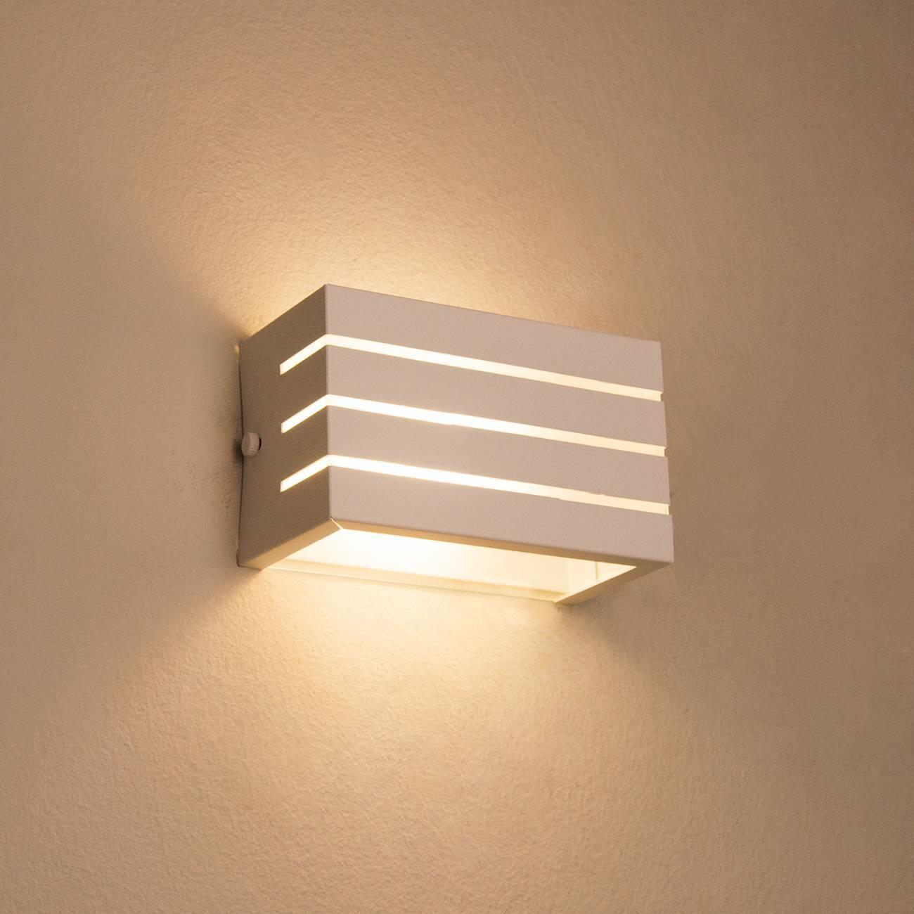 Arandela Frisada Luminária Branca Para Muro Parede Externa G - LCGELETRO