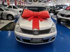 Nissan tiida hatch s 1.8 16vat 4p