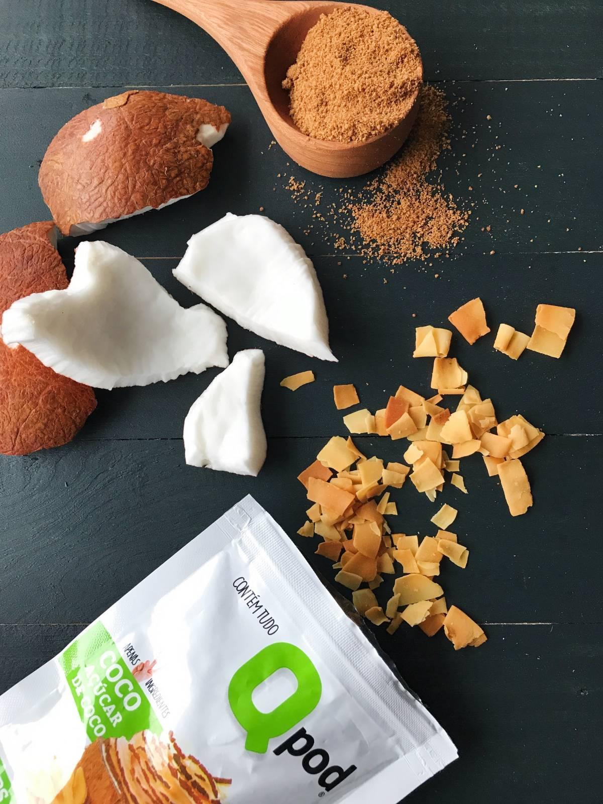 Chips de Coco assado Com Açúcar de Coco – Sabor Natural – Qpod – 40g - QPod