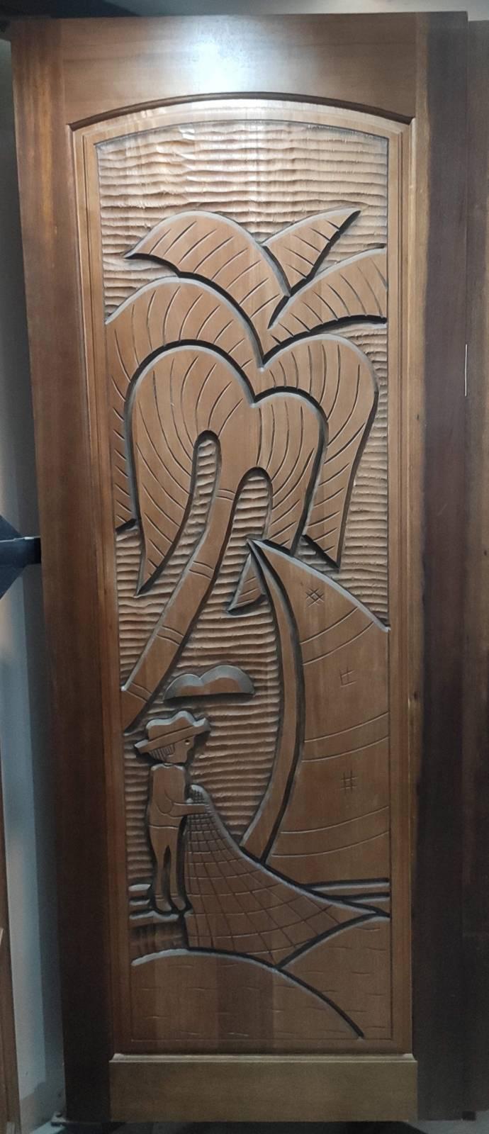 Porta Madeira Maciça Canela Entalhada  210x80.cm  Pescador - Casa Sul Materiais e Acabamento