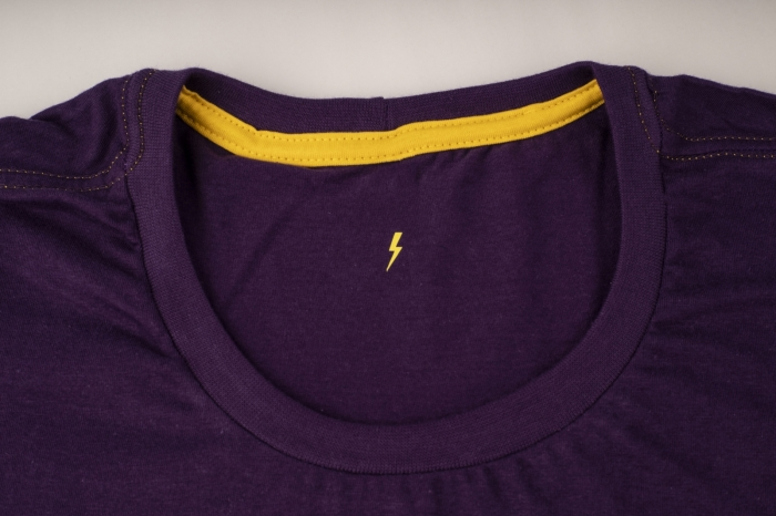 camiseta CLUTCH Whiz básica roxa - Whiz