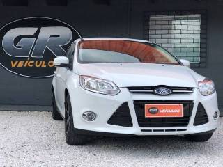 Ford Focus 2.0 Titanium Sedan Flex Powershift