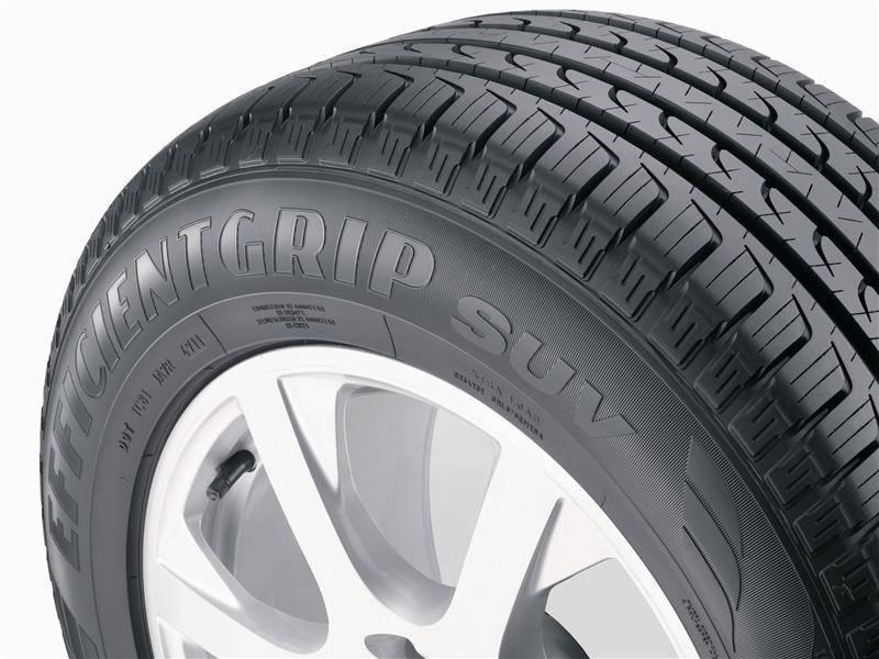 Pneu Goodyear EfficientGrip SUV 235/60 R17 102H - Cantele Centro Automotivo