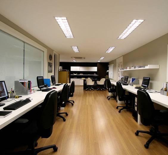 Luminária Embutir Refletor e aletas para 2T8x32 - Luz Aqui