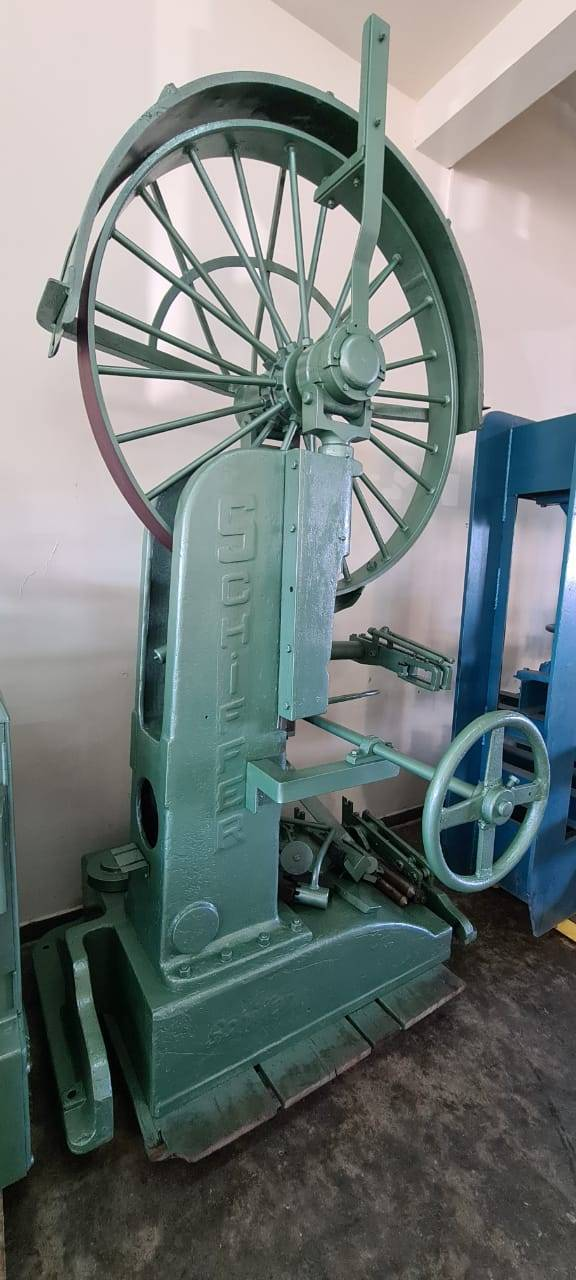Serra fita Schiffer volante 1.100 mm - Kimaq