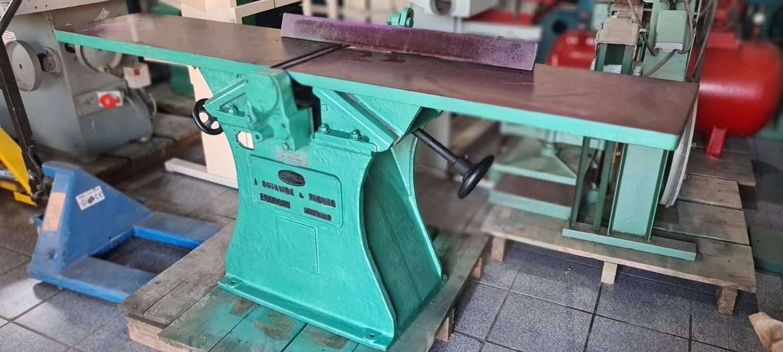 Desempenadeira ferro fundido Comall - Kimaq