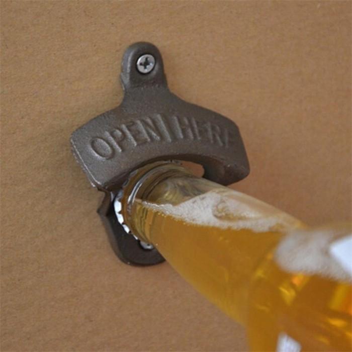 Abridor de garrafa de Parede - Open Here - Bakar-Bakar