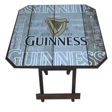Mesa  quadrada dobrável  em madeira com estampa Guinness - Bakar-Bakar