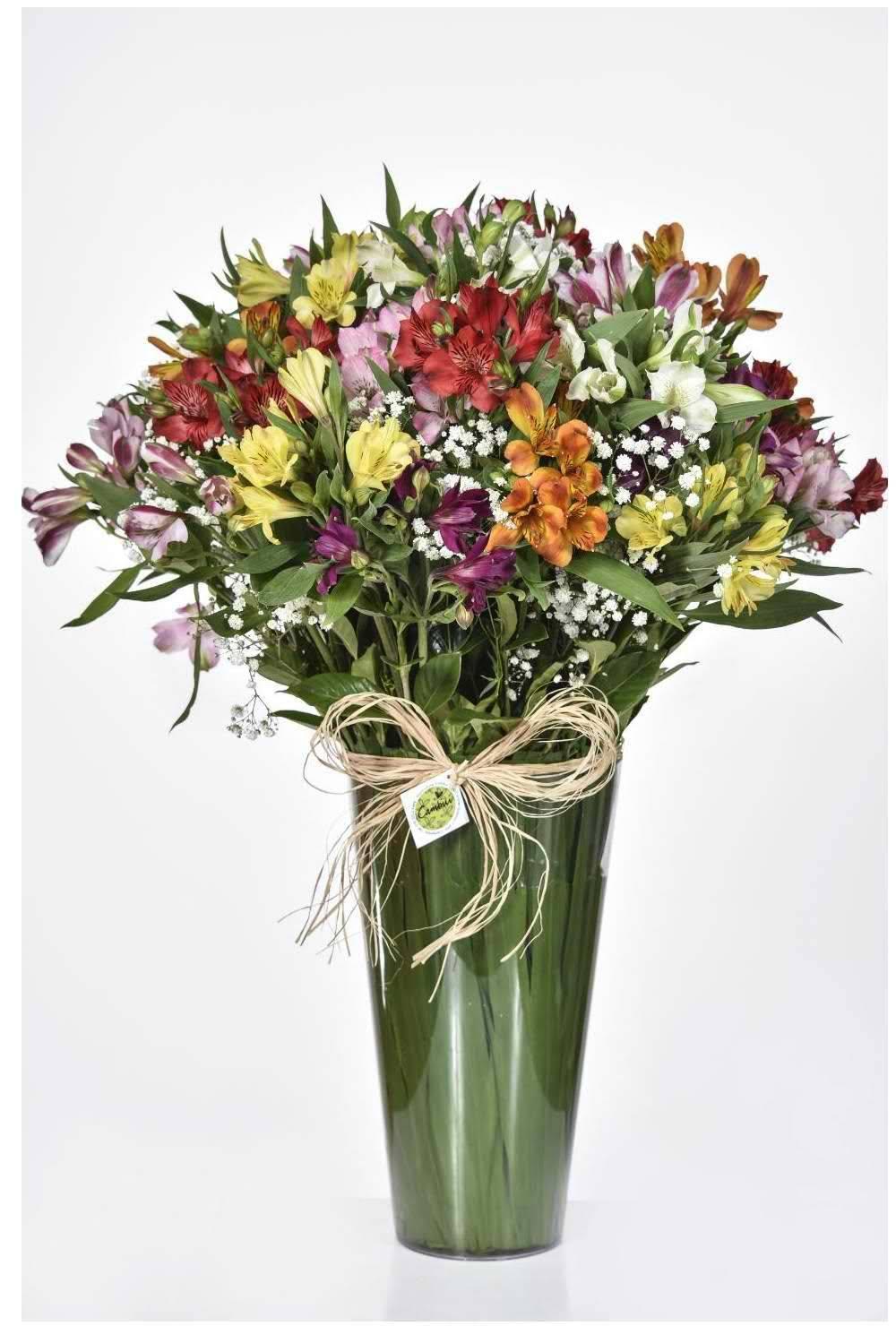 Bouquet Arco-Íris no Acrílico - Floricultura Cambuí