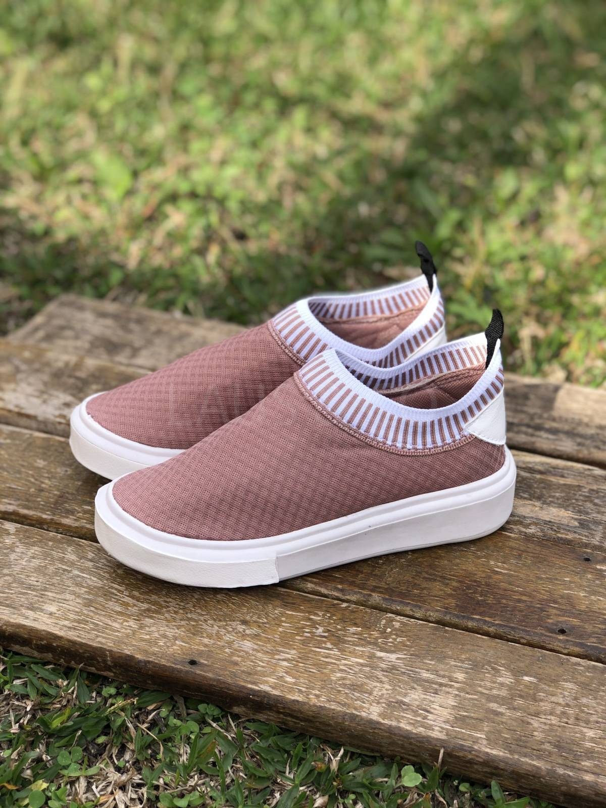 Sneaker SlipOn Rose - LAUS & CO