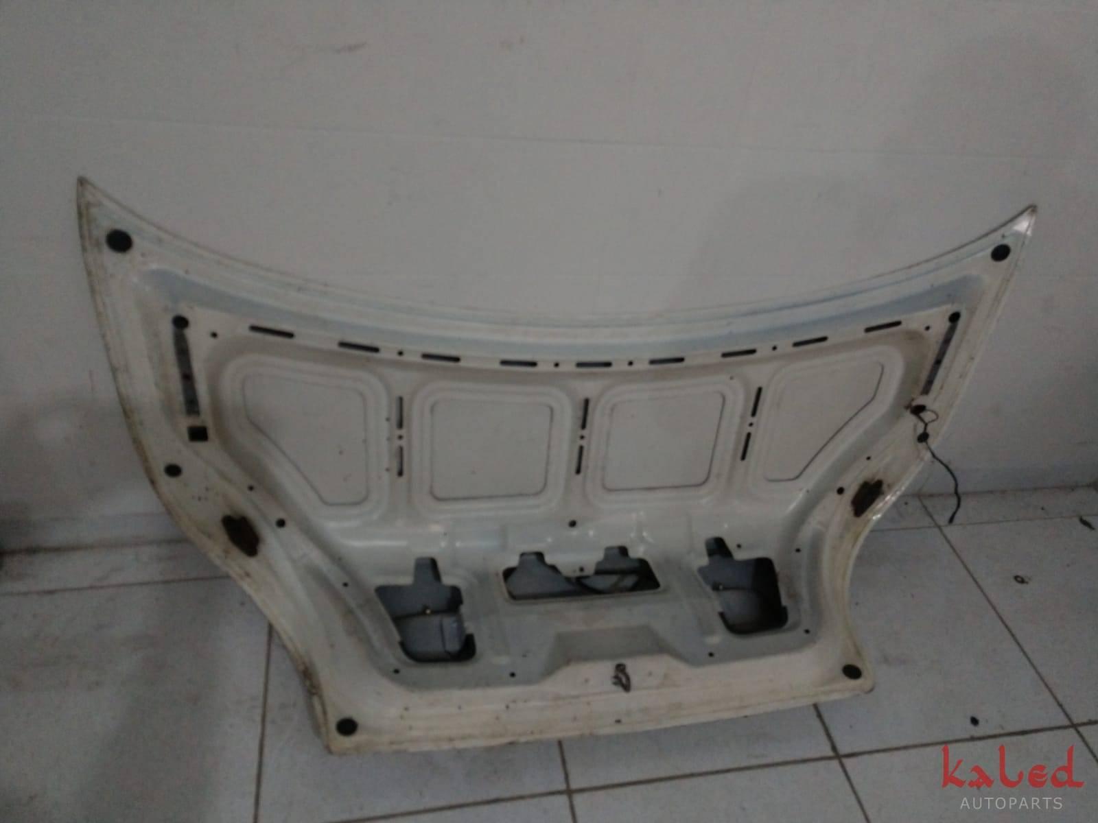 Tampa traseira / porta malas Ford Mondeo 97 a 99  - Kaled Auto Parts