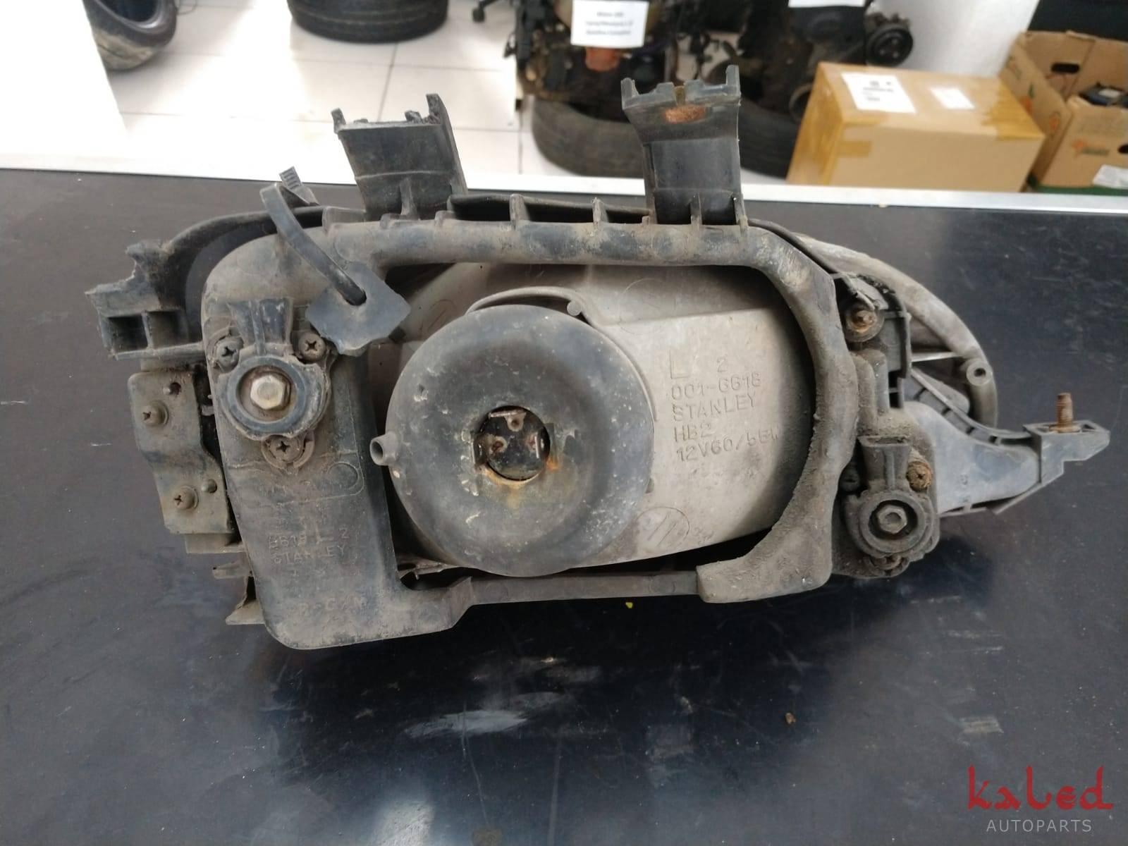 Farol esquerdo Honda Civic 1992 a 1995 - Kaled Auto Parts