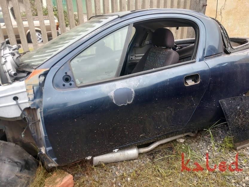 Porta esquerda Chevrolet Tigra  - Kaled Auto Parts