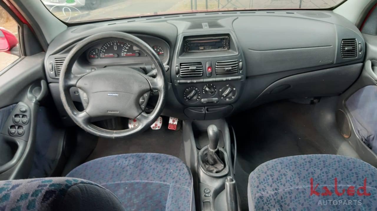 Sucata Fiat Marea HLX 2.4 20v 2002 - Kaled Auto Parts