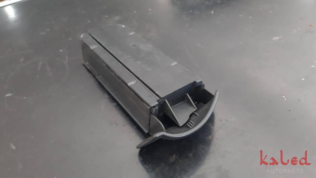 Cinzeiro do painel do Ford Focus 2001 a 2007 - Kaled Auto Parts