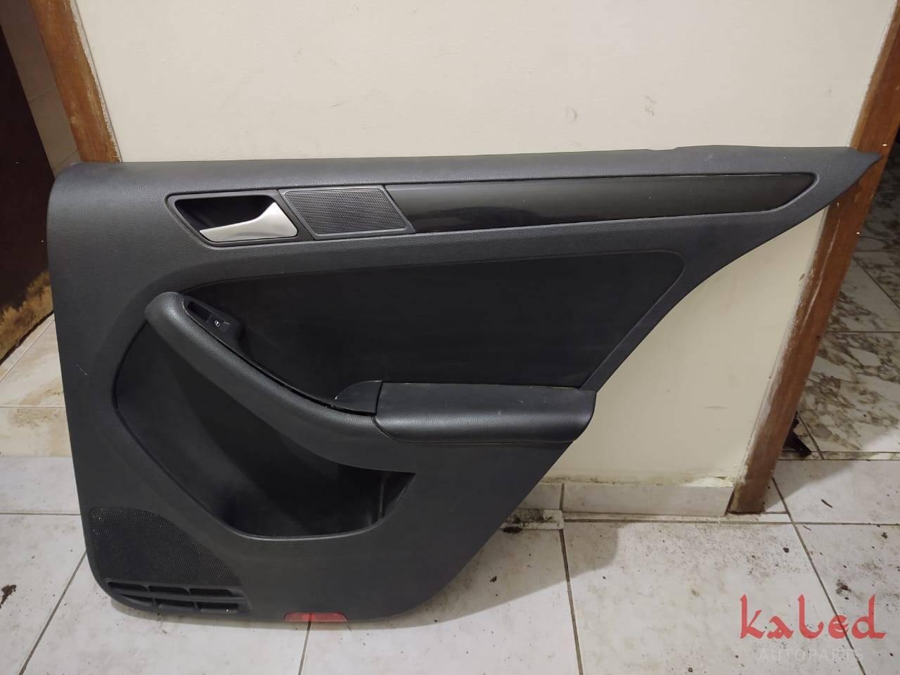 Forro porta traseiro direito VW Jetta 2.0 tsi comfortline  - Kaled Auto Parts