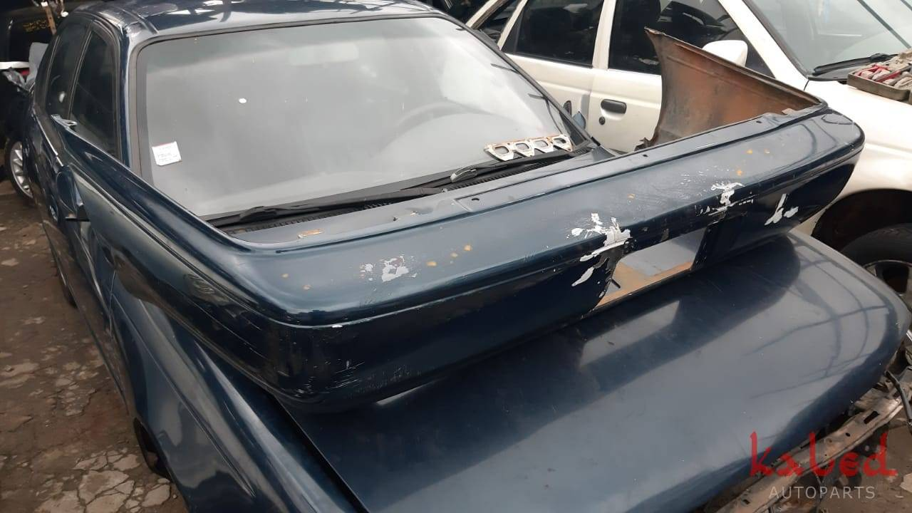 Parachoque traseiro Toyota Corolla 1993 a 1997 - Kaled Auto Parts