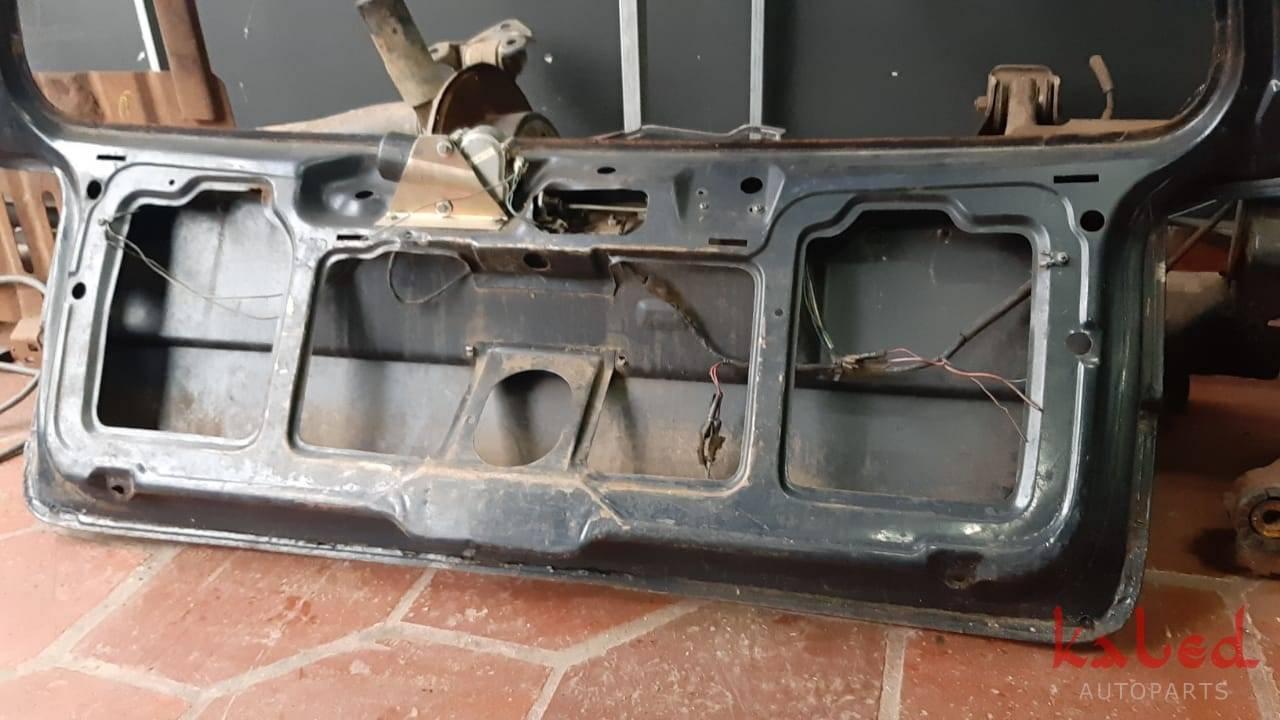 Tampa do porta malas Vw Quantum 1992 a 1997 - Kaled Auto Parts