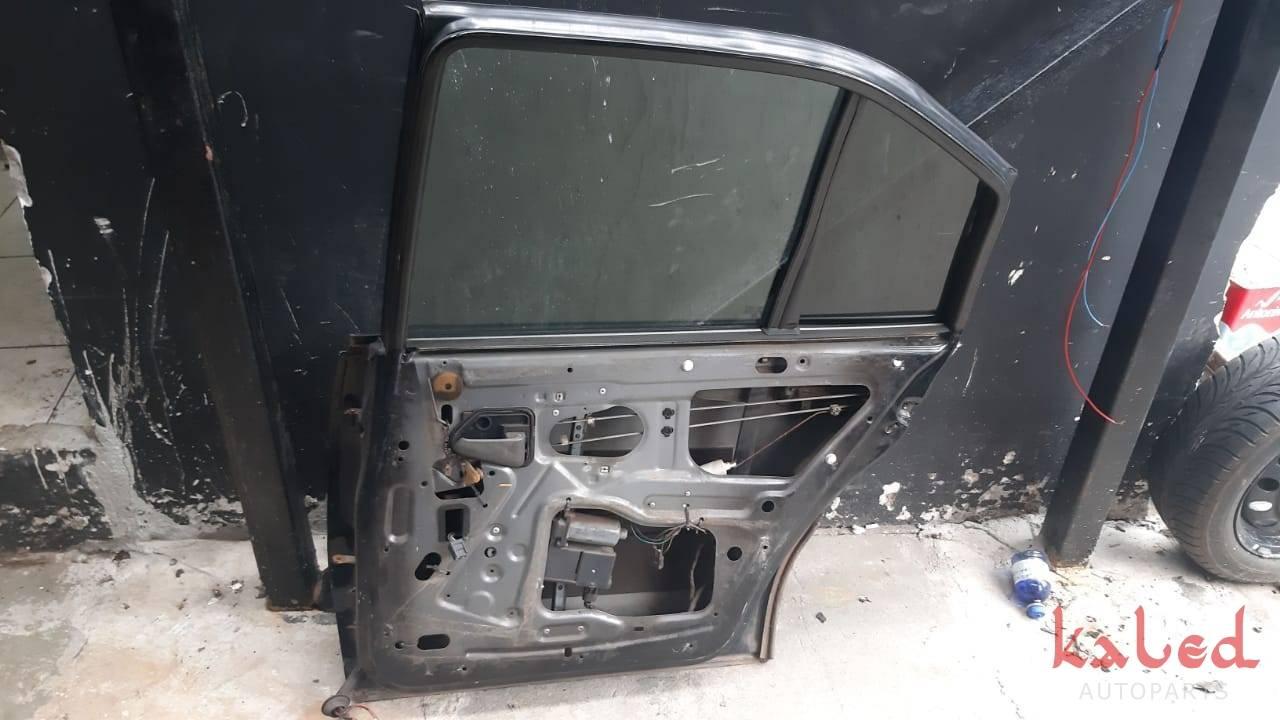 Porta traseira direita GM Ômega 1992 a 1997 - Kaled Auto Parts