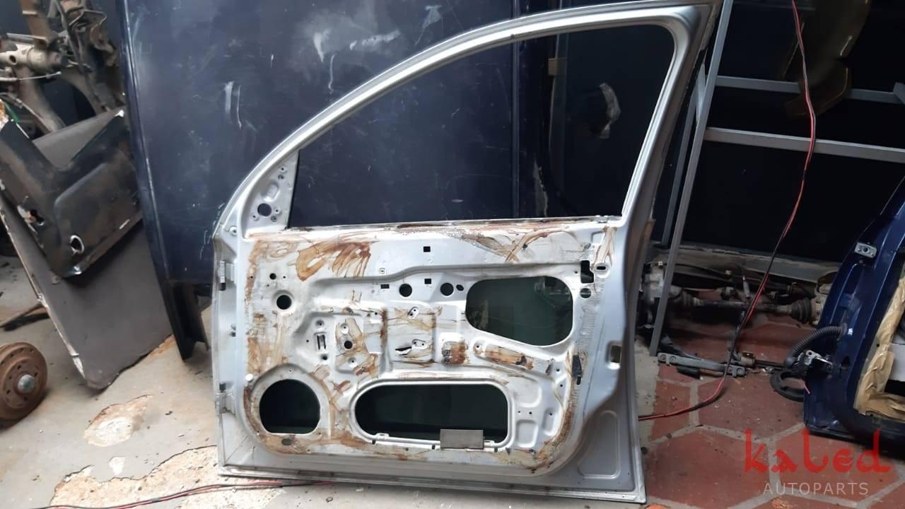 Porta dianteira direita GM Corsao Montana 2002 a 2012 - Kaled Auto Parts