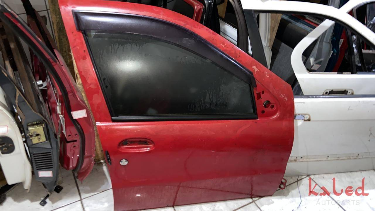 Porta dianteira direita Fiat Palio Siena Weekend 1996 a 2004 - Kaled Auto Parts