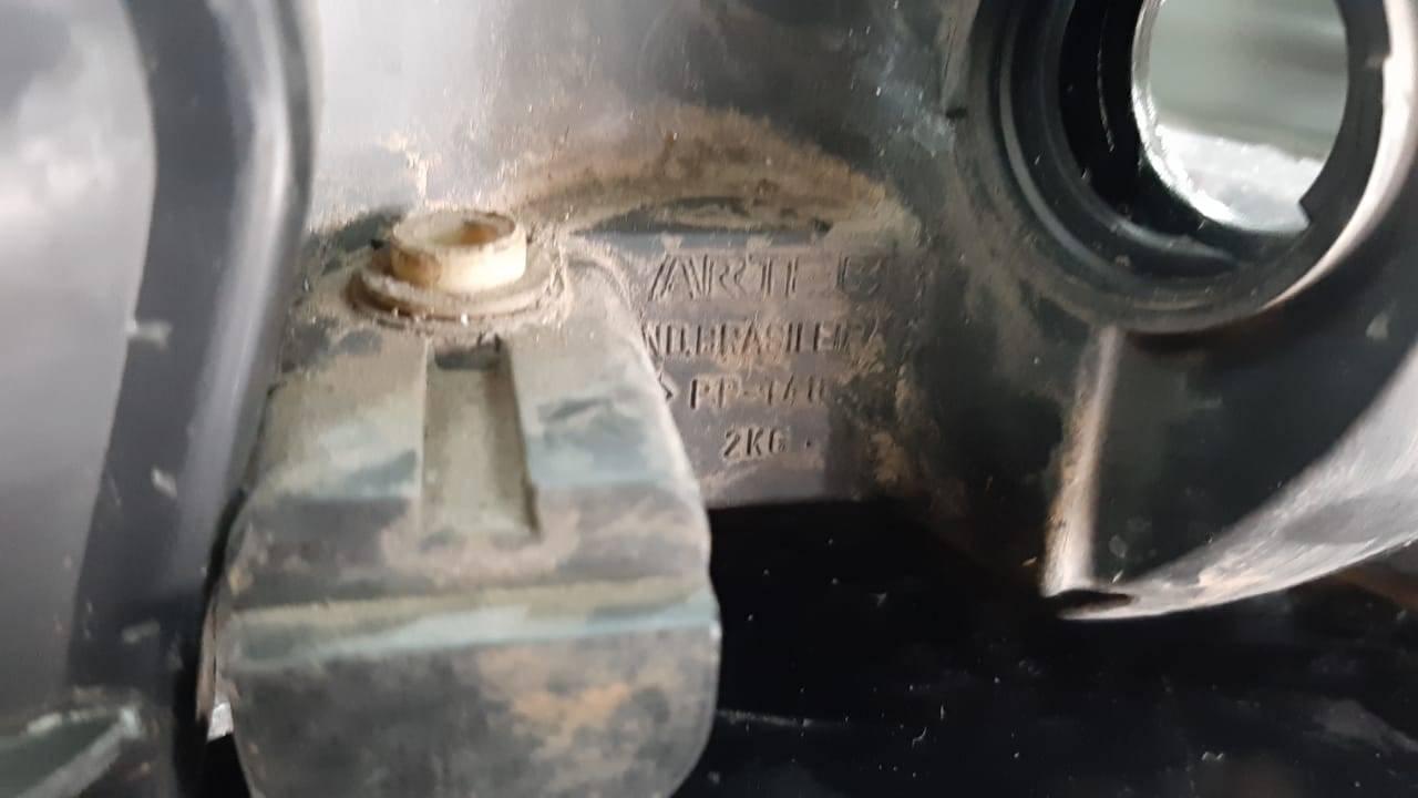Par de faróis foco duplo Arteb Vw Gol Saveiro Parati G3. - Kaled Auto Parts