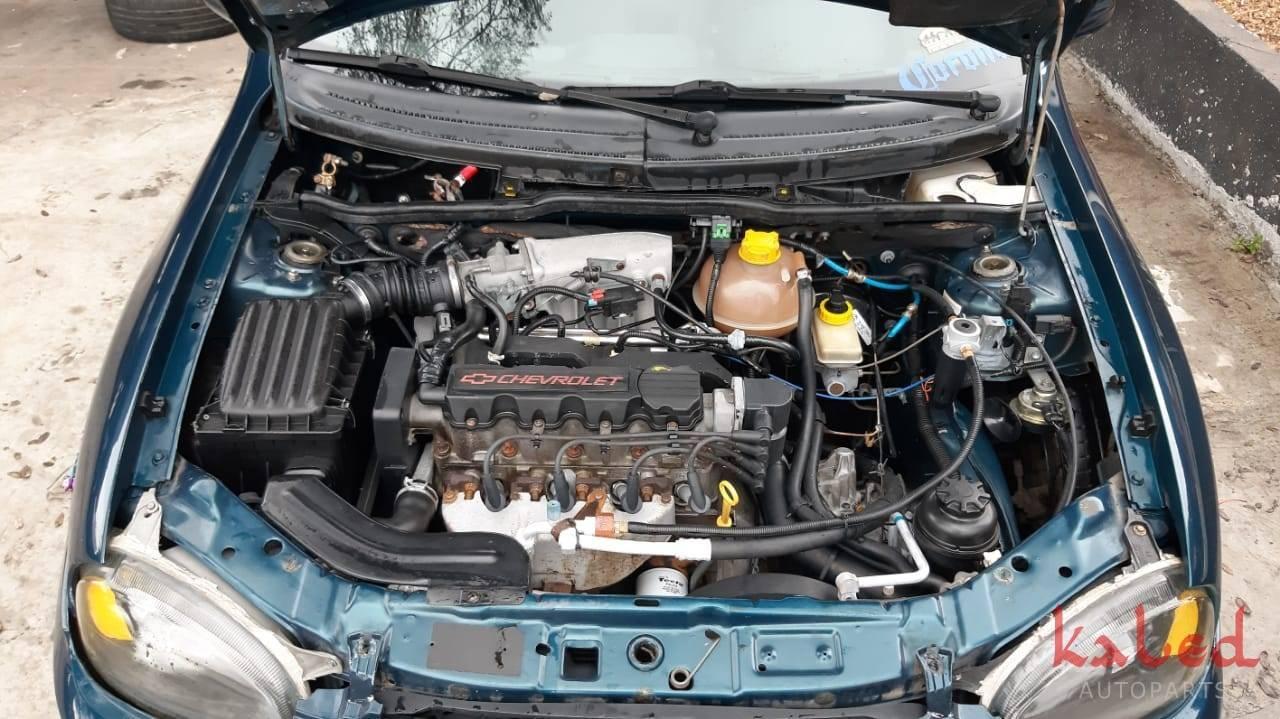 Sucata Gm Corsa Wagon GLS 1.6 8v 2000 venda de peças - Kaled Auto Parts