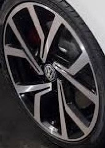 RODA R94 VW GOLF GTI 40 ANOS PRETO E GRAFITE DIAMANTADOS