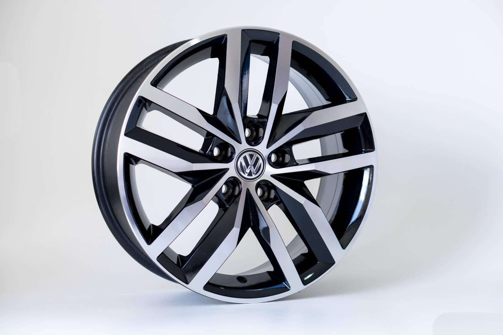 Jogo de 04 Rodas VW Golf Highline KR R46 aro 17 5x100 BD