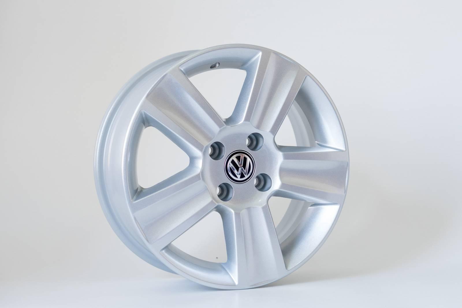 Jogo de 04 Rodas VW Saveiro Cross aro 15 4x100 KR R7 Prata