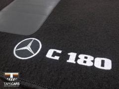 Tapete Automotivo Mercedes Benz C 180 em Carpet Linha Luxo