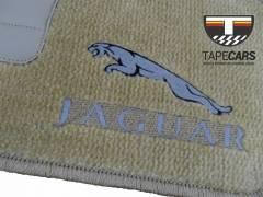 Tapete Automotivo Jaguar XF em Carpet Linha Luxo