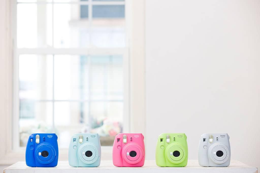 Câmera INSTAX Mini 9 | Branca | Rosa | Azul | Verde