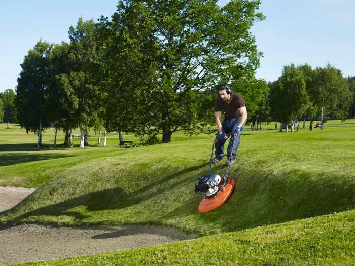 Cortador de grama HUSQVARNA GX560 Flutuante 4hp 163cc - Hs Floresta e Jardim